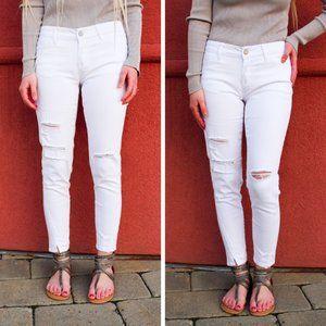 NWT KanCan Kira White Low Rise Skinny Jeans